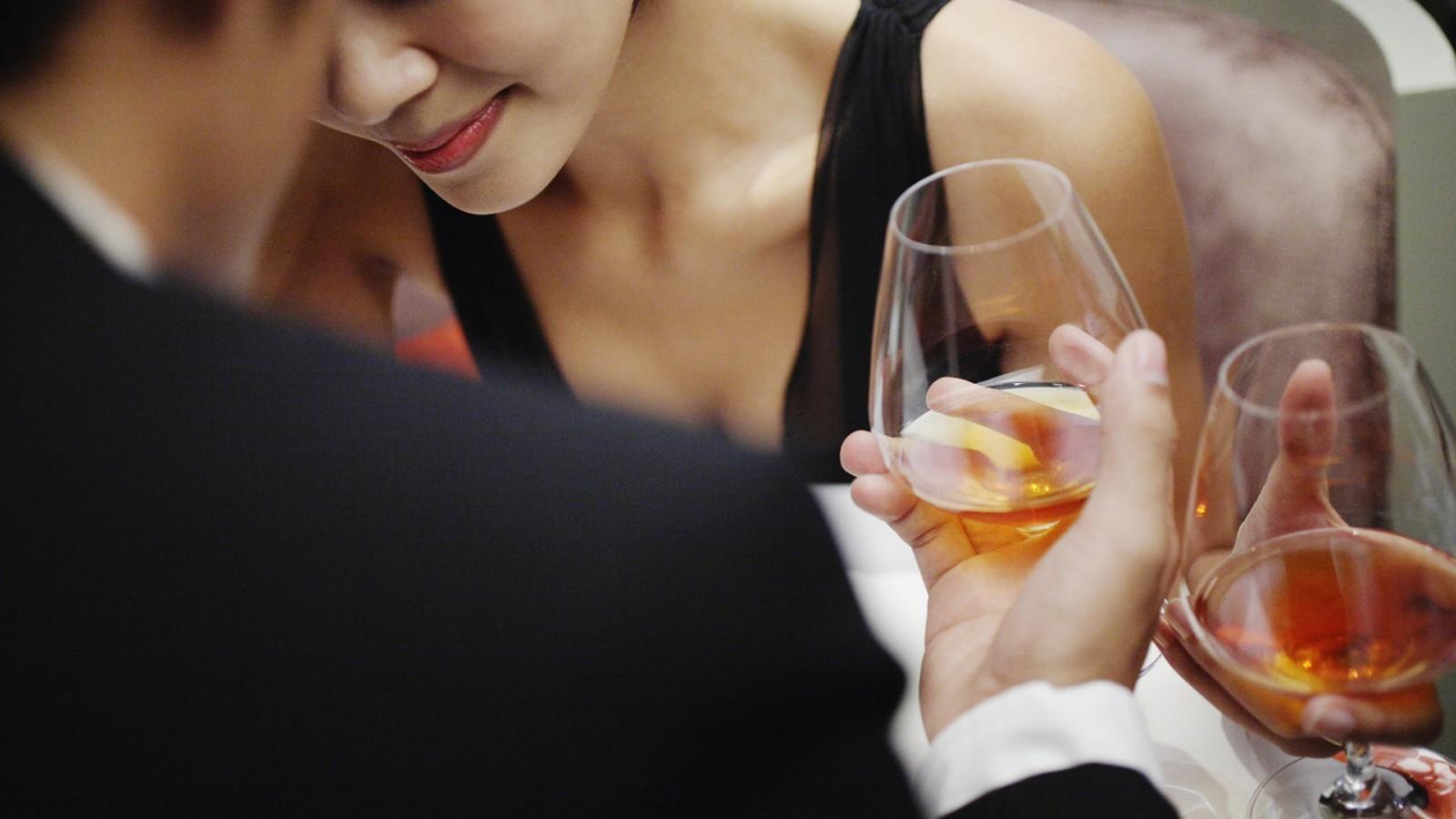 Что будет, если женщина выпьет мужскую Виагру