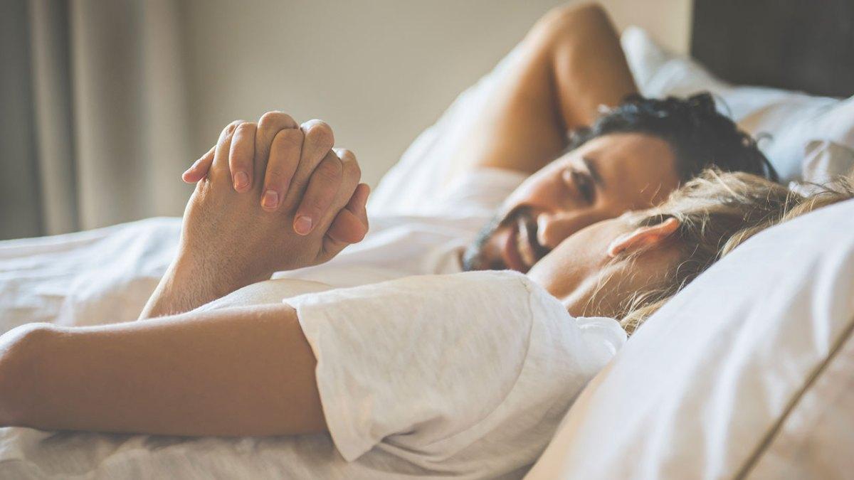 Дружеский секс: Что это? Плюсы и минусы